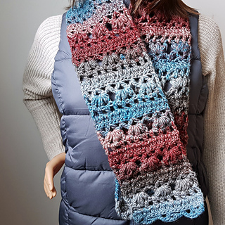 Felicity Scarf Pattern. Free Scarf of the Month Club 2018 for August. Designed by Oombawka Design Crochet.