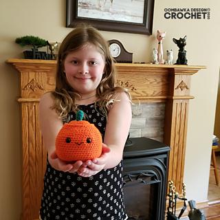 Pumpkin Crochet Pattern #CALCentralCrochet #HalloweenCAL2020