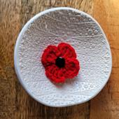 5 Minute Poppy Pattern - Free Crochet Pattern from Rhondda Mol