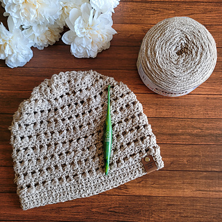 Happy to Be Here Hat Pattern. Designed by Rhondda Mol. Oombawka Design Crochet. #hatofthemonth #caroncakes
