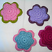 Crochet flower decoration pattern