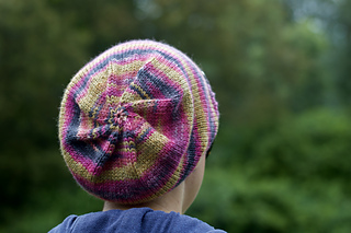 Rionnag in BFL & Tussah Silk Aran - Colourway 'Ruth'