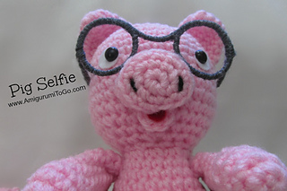 Mini Amigurumi Pig - A Free Crochet Pattern - Grace and Yarn | 213x320