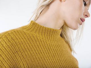 Sitka, neck detail