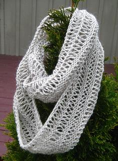Ravelry: Infinity Drop Stitch Scarf pattern by Leslie ...