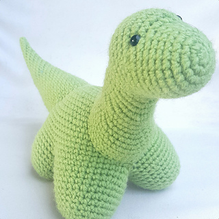 Roar! 10 Free #Crochet Dinosaur Patterns! - Moogly | 320x320