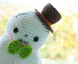 Halloween Ghost amigurumi pattern - Amigurumipatterns.net | 264x320