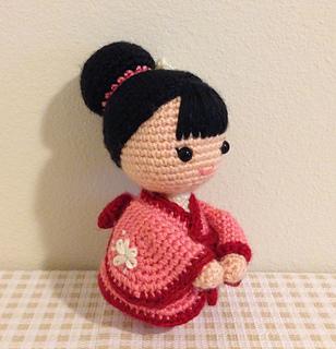 Traditional Japanese Kokeshi Doll with Kimono - Sweet Softies ... | 320x308