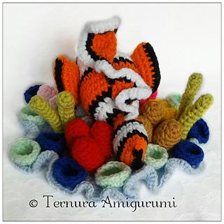 Crochet pattern of Nemo, clownfish PDF english by ternura amigurumi | 320x320