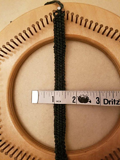 Try keeping even tension so that the hat band is about 1/2 inch wide.