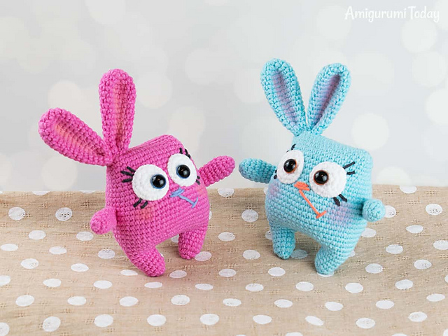 Ravelry: Cuddle Me Bunny pattern by Amigurumi Today | 480x640