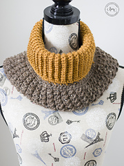 Coffee Bean Cowl by The Stitchin' Mommy
