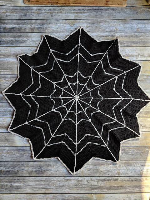Spider Web Blanket Halloween Decoration Crochet Throw Blanket Creepy Spooky Gift Gothic Goth Afghan