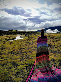 with my Havana out in nature and hot springs in Iceland