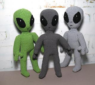 Alien - free pattern | Crochet keychain pattern, Crochet patterns ... | 286x320