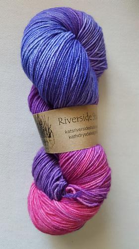 ~95g 4 available sock yarn batch 030419 or 180319* Hydro fingering FLASHMERINO 8515 superwash extrafine merinonylon