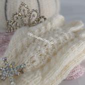 Princess B knitted with Miyuki beads