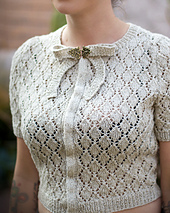 cropped blouse with short sleeves