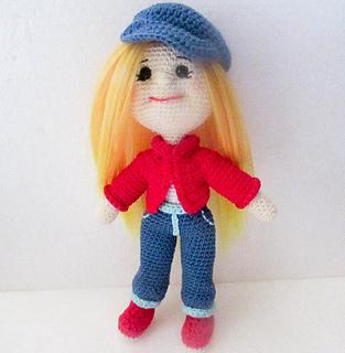 Adorable Crochet Dolls   320x313