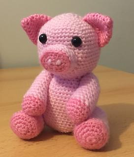 Amigurumi sweet pig free pattern | Amiguroom Toys | 320x272