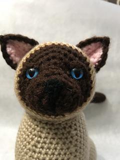 Ravelry: AmiCats Siamese Cat pattern by June Gilbank | 320x240