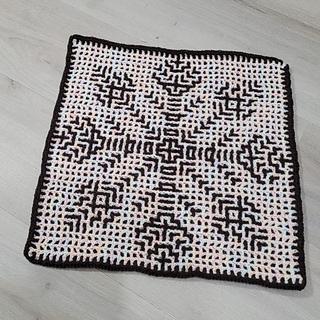 """Wrong side"" with interlocking crochet looks pretty neat!"