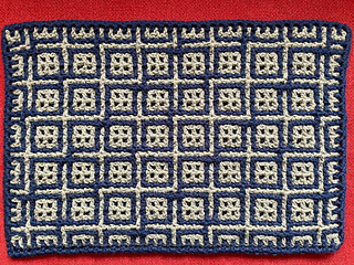 The back of interlocking crochet creates another pattern! Crocheted by semicci