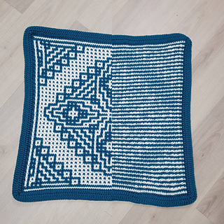 Front vs back of mosaic crochet.