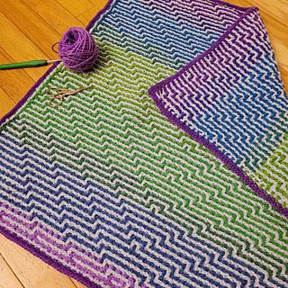 Interlocking crochet is reversible