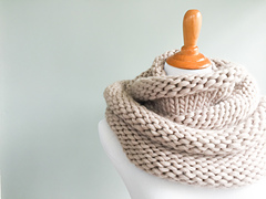 Knit + Purl Simple Cowl
