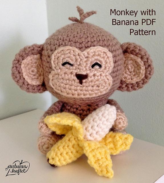 Crochet Banana Pattern • Who's Homemade | 640x575