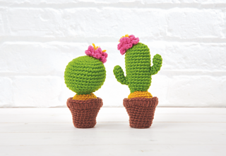 Crochet a cactus - Free patterns- Yarnplaza.com | For knitting & crocheting | 222x320