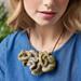 Ruffle necklace pattern