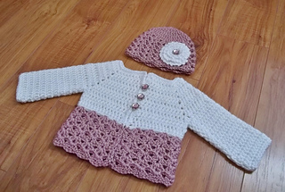 Ravelry Button Me Up Baby Sweater Hat Pattern By Carlinda Lewis