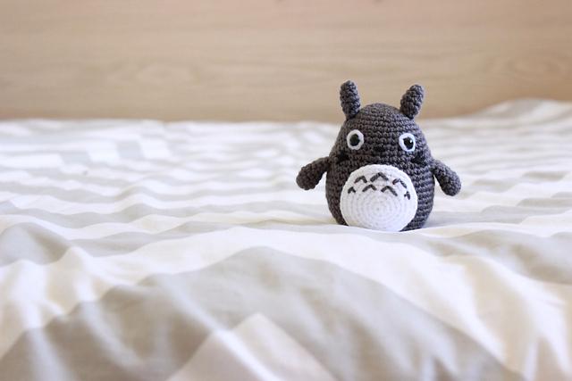 Happyamigurumi: Amigurumi Totoros: Grey, Blue and White Crochet Totoro | 427x640