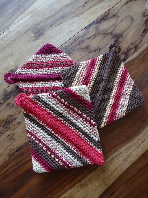 Ravelry: Double-thick Diagonally Crocheted Potholder pattern by ...