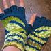 Back Hand Fingerless Gloves pattern