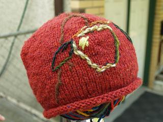 apple on the tree hat
