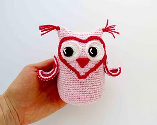 Cute owl - Free amigurumi pattern   256x320