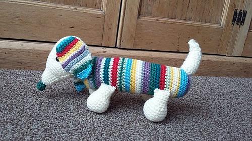 Crochet dachshund | Etsy | 281x500