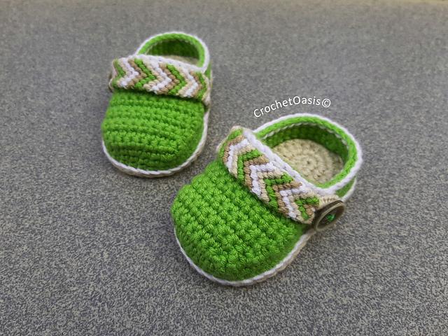 Tribal Baby Clogs pattern by Crochet Oasis