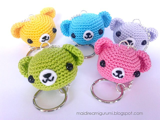 Free Amigurumi Ladybug Keychain Crochet Pattern | 480x640