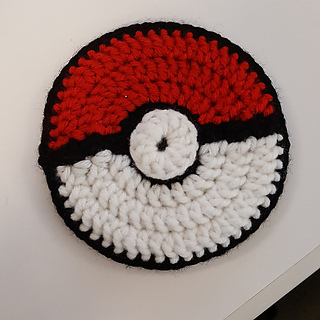 Crochet Pokemon Ball Coaster Pattern | Pokemon crochet pattern ... | 320x320