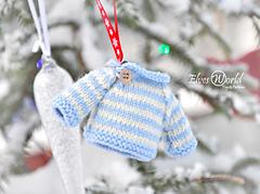 Mini sweater christmas ornament