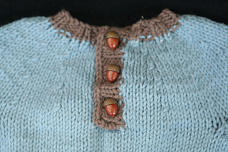 Trees baby sweater buttons
