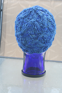 Women's Oak Bark Cabled Hat in Fiber Fiend Bulky Wool Seas Colorway - unblocked