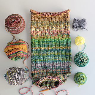 Olio cowl in progress: knit in the round and inside out.