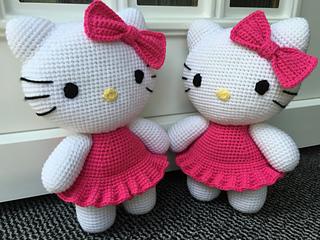 Crochet Hello Kitty Amigurumi Cuteness by Suzy Dias | 240x320