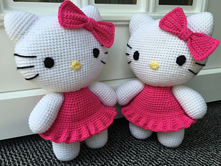 Hello Kitty Amigurumi Pattern (Magic Hands Individual Patterns ... | 240x320