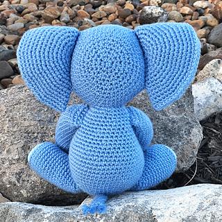 Ravelry: Meimei Baby Elephant pattern by Dedri Uys | 320x320